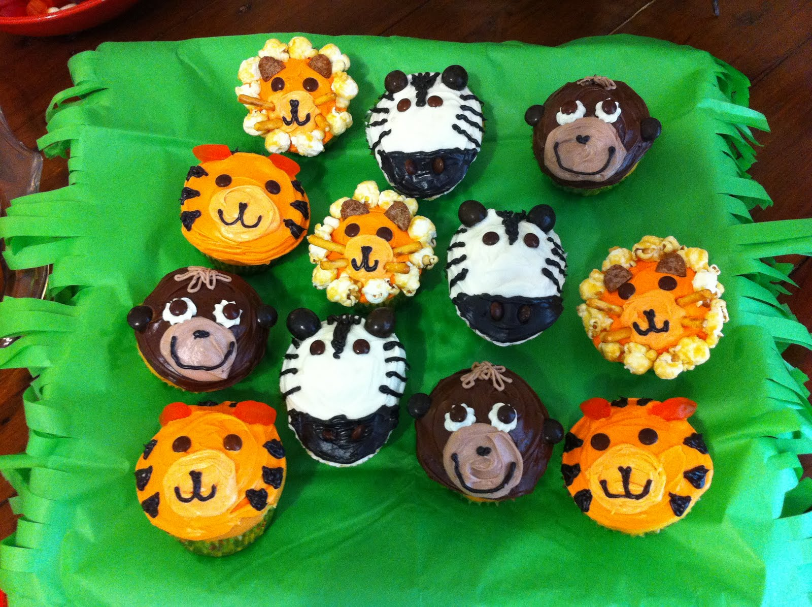 Animal Themed Cupcakes