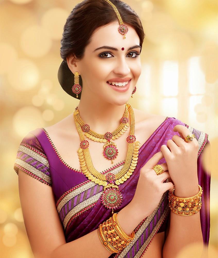 Very Beautiful Wedding Jewelry HD Wallpaper