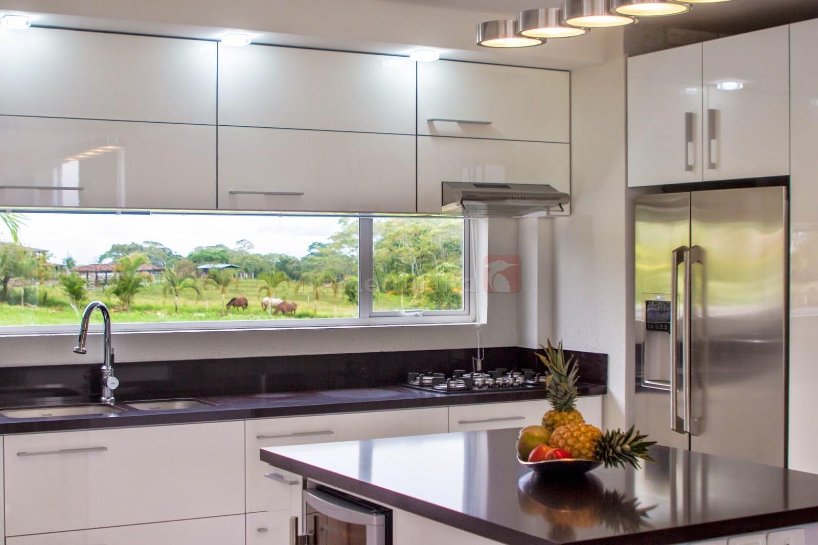Cocina moderna blanca cocinas integrales pereira - Cocinas de madera modernas ...