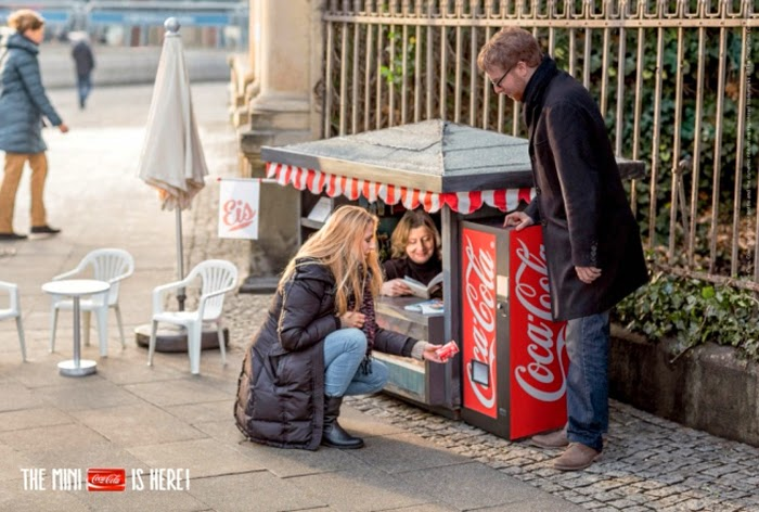Coca-Cola Mini Kiosk | Glorious Bandits Blog