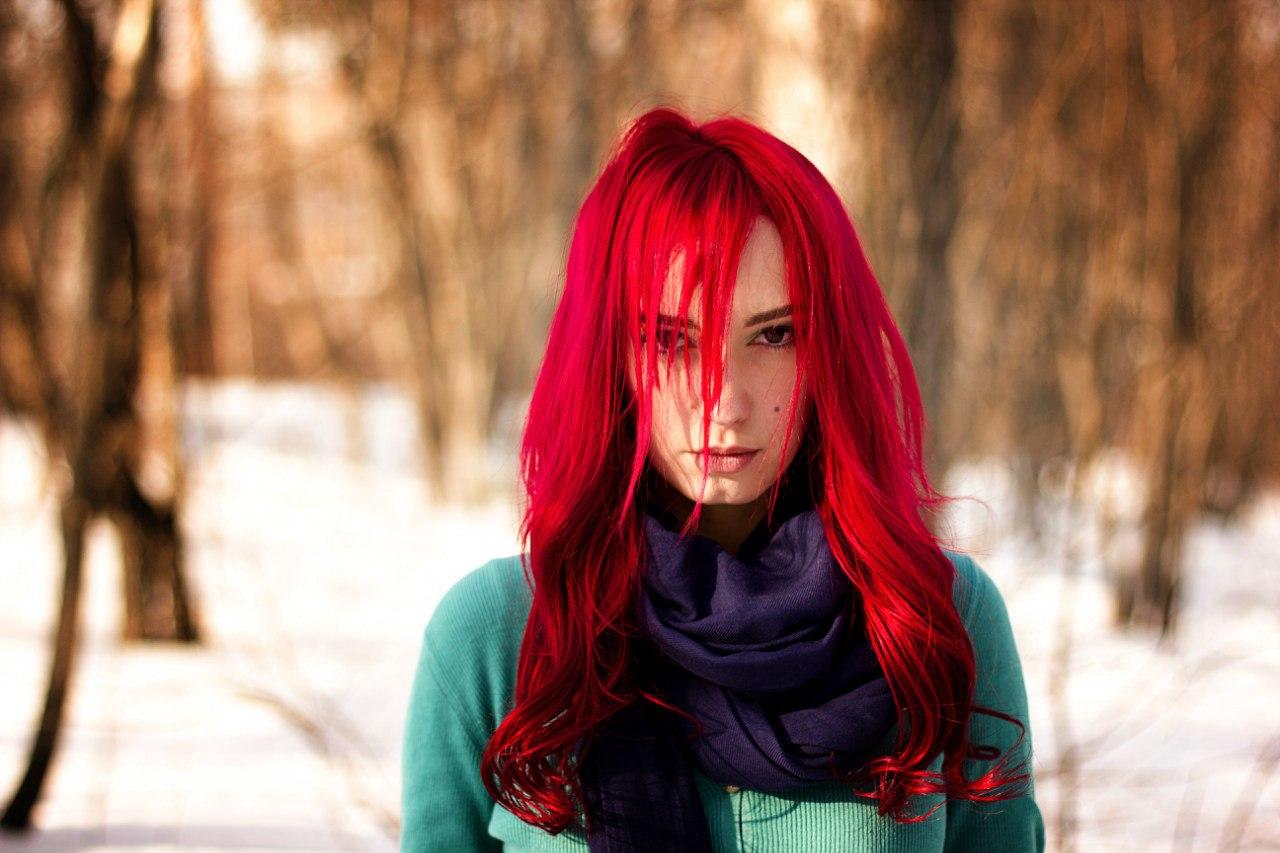 покрасить темные волосы в красный