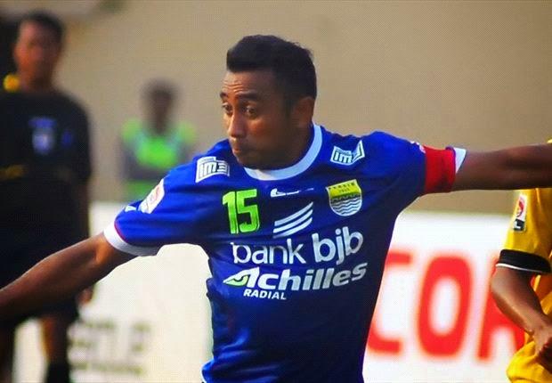 Empat Pemain Persib Bandung Bertahan Musim Depan