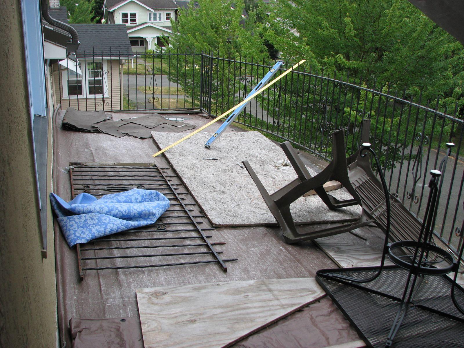 How to sheathe a balcony 83