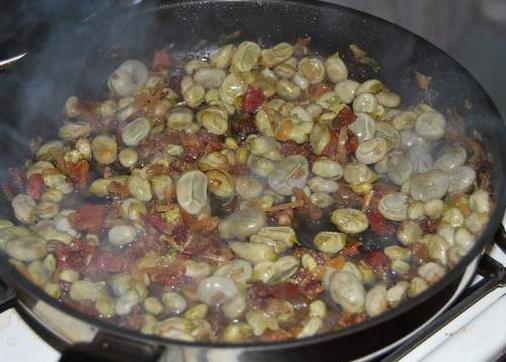 Noticias del restaurante la posada del abadiado mayo 2012 - Como se preparan las habas ...