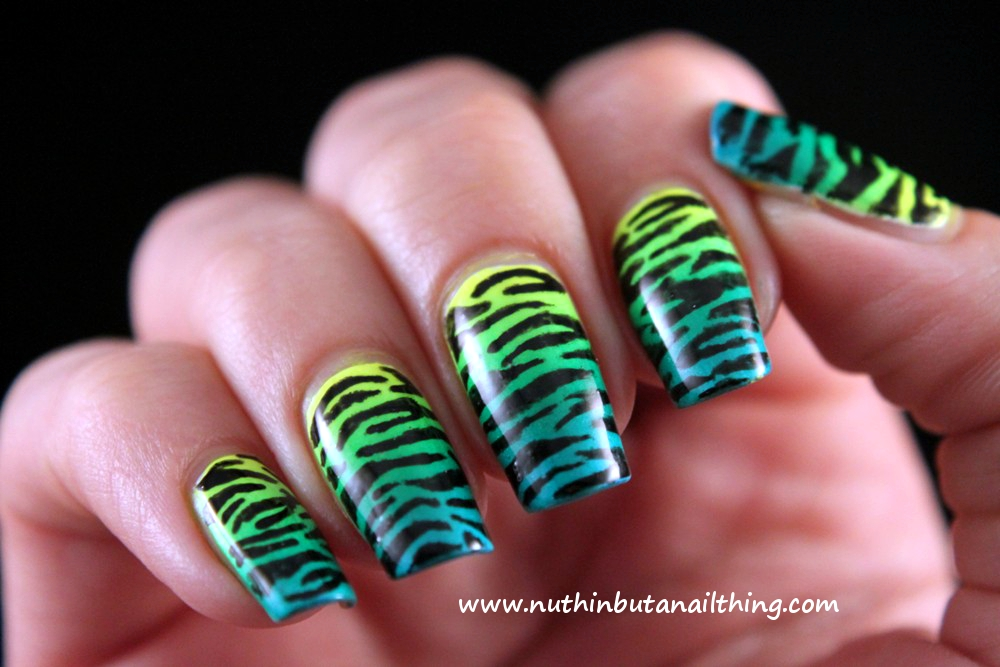 nuthin\' but a nail thing: Animal print with Barry M Nail Art Pens