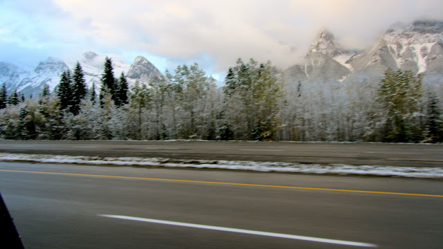 view from the trans canada highway between Banff and Canmore