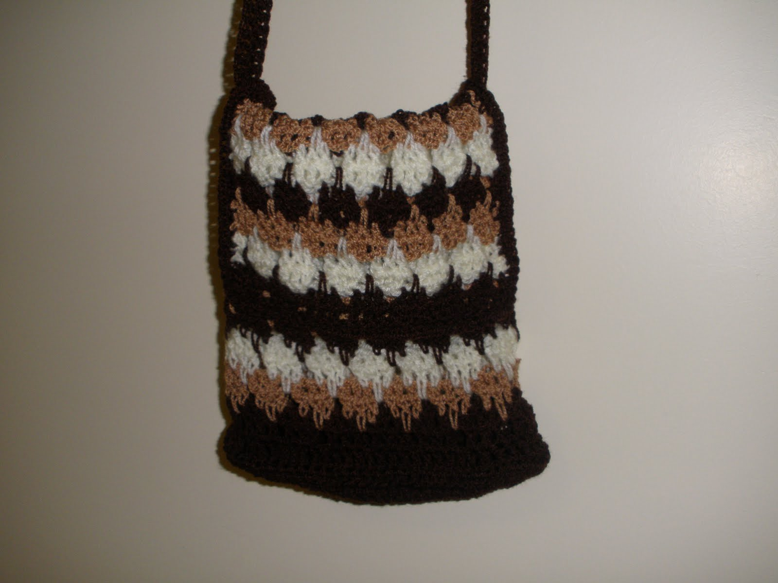 Crochet Sling Bag Pattern : Rose Garden Crochet: Crochet Sling Bag