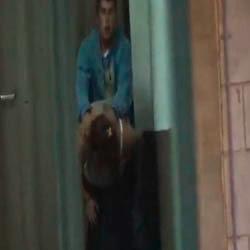 Namorados flagrados trepando no meio da rua - http://videosamadoresdenovinhas.com
