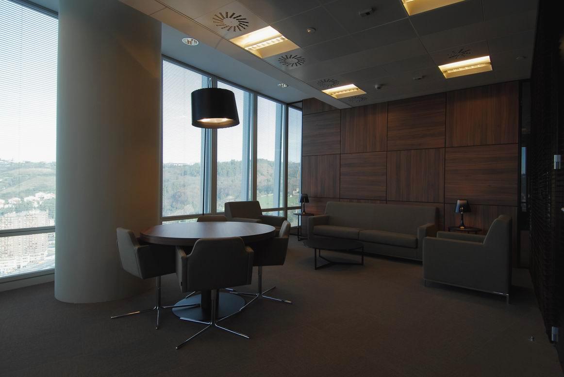 Torre iberdrola cesar pelli asociacion de decoradores for Decoradores de interiores en bilbao