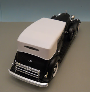 italeri Cadillac Fleetwood 1933 16Cyl All Weather Phaeton