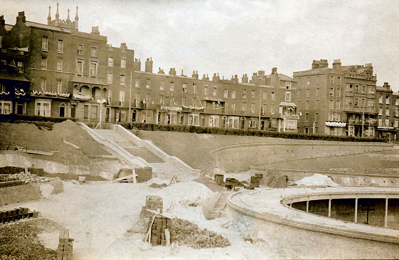 Thanet coast life: The Mick Twyman collection - The construction of ...
