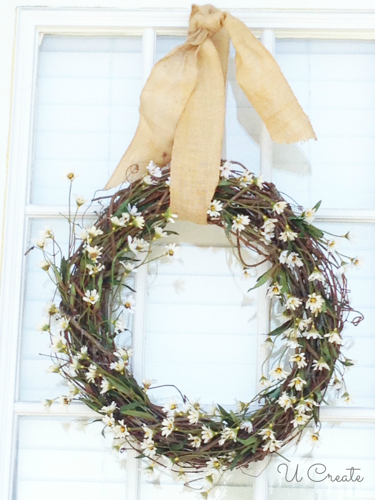 Summer Wreath Tutorial for Beginners - 3 steps! u-createcrafts.com