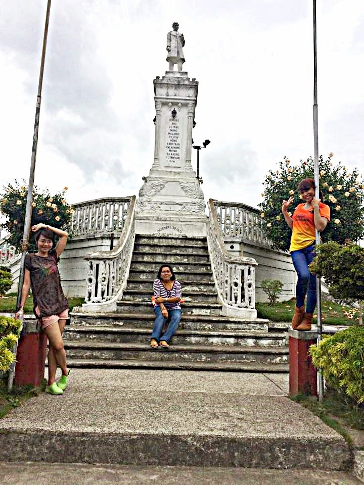 Jose Rizal's Monument, Carcar Town Plaza
