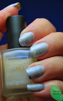 http://druidnails.blogspot.nl/2013/10/33dc2013-day-7-oldest-untried.html