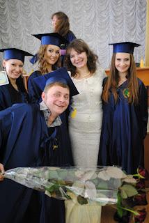 """На обліково-фінансовому факультеті відбулося вручення дипломів студентам денної форми навчання освітньо-кваліфікаційного рівня """"магістр""""."""