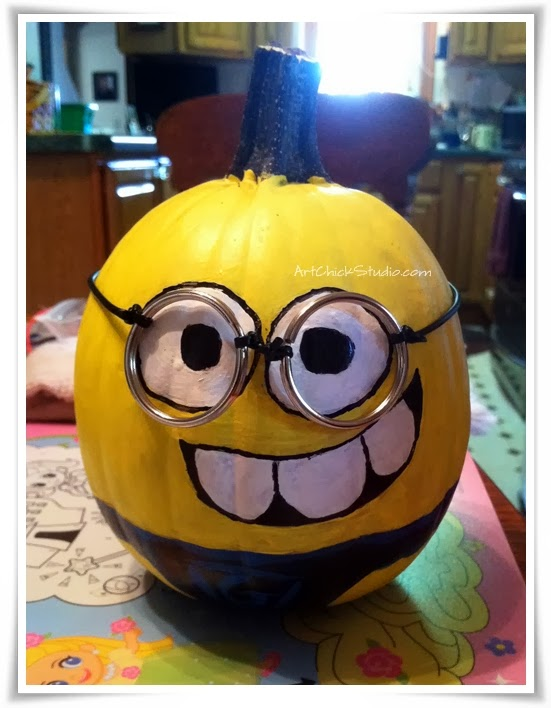 Minion Pumpkin for Halloween