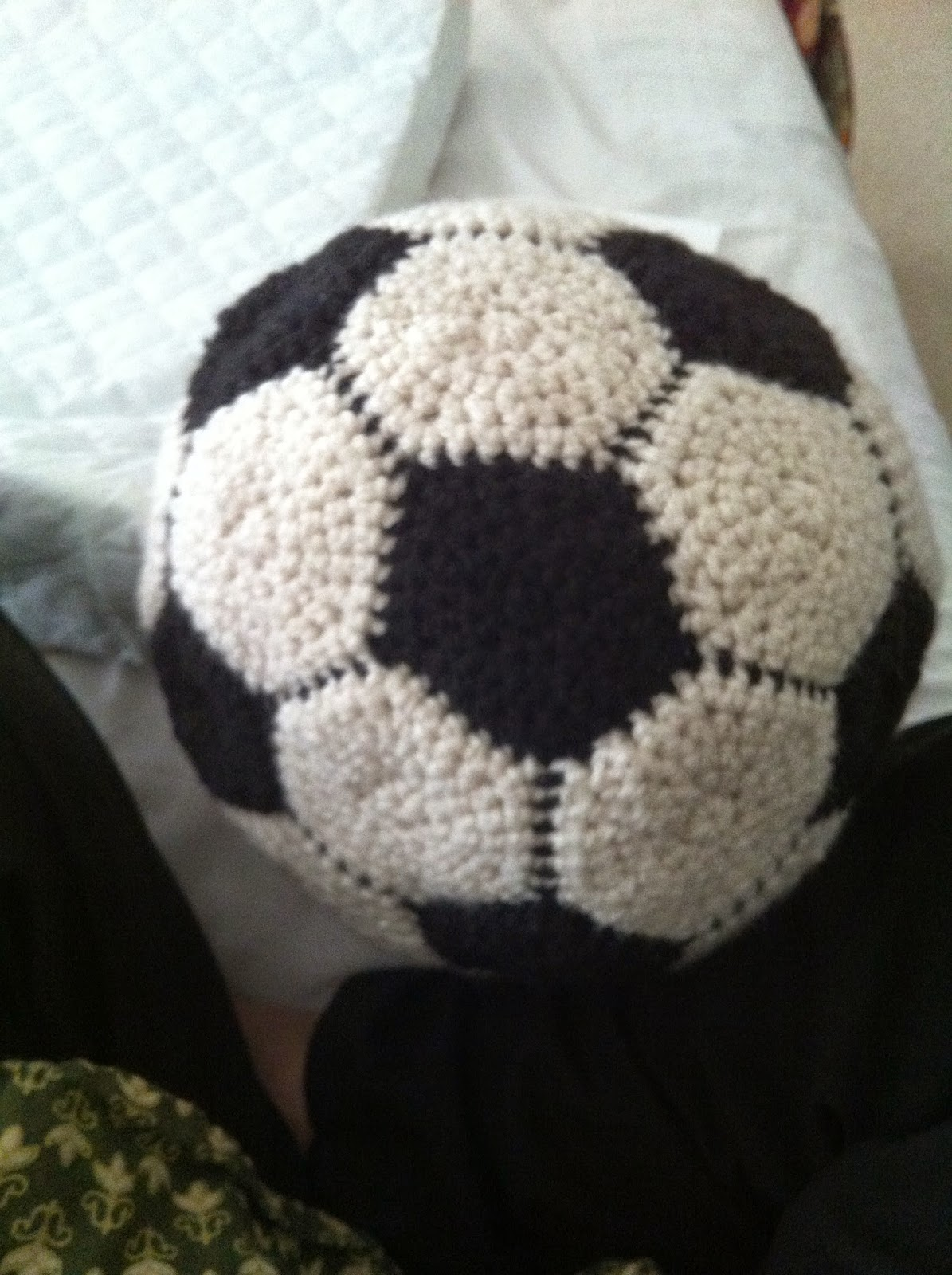 Free Amigurumi Ball Pattern : A Hook in Time: Easy Crochet Soccer Ball - free