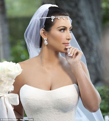 kim kardashian wedding dress picture