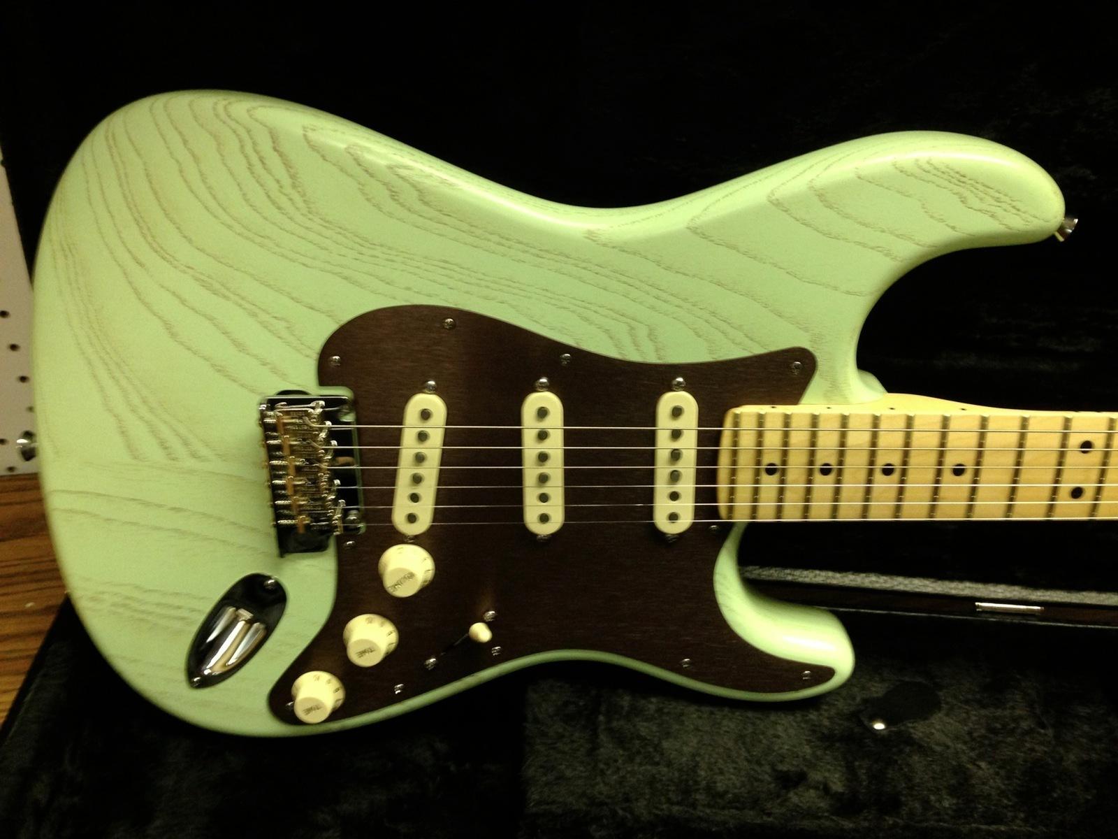 Stratocaster Guitar Culture Stratoblogster July 2013