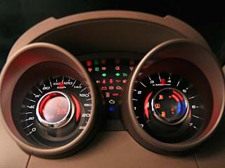 Mahindra XUV 500 speedo meter