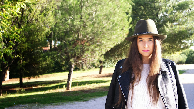 outfit biker jacket hat jumper autumn