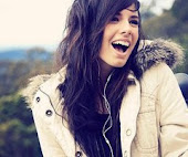 Sí, estoy sonriendo, pero no te preocupes, que no volverás a ser el motivo.