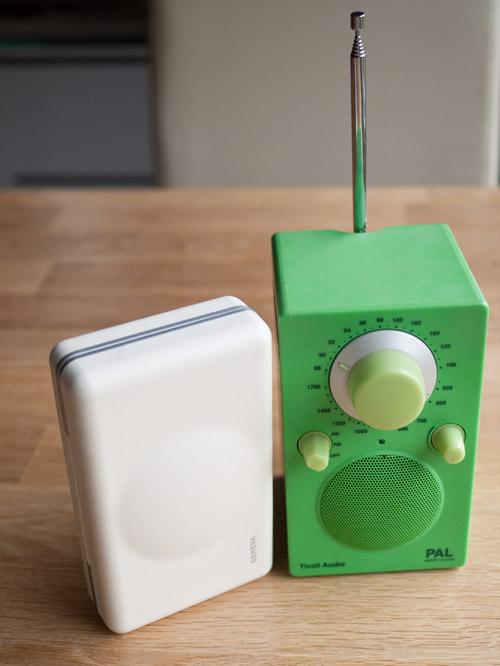 oluv 39 s gadgets review geneva xs hifi oder nur ein radiowecker. Black Bedroom Furniture Sets. Home Design Ideas