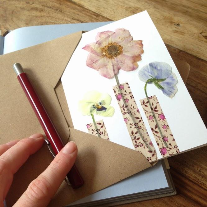 A pressed flower card www.somethingimade.co.uk