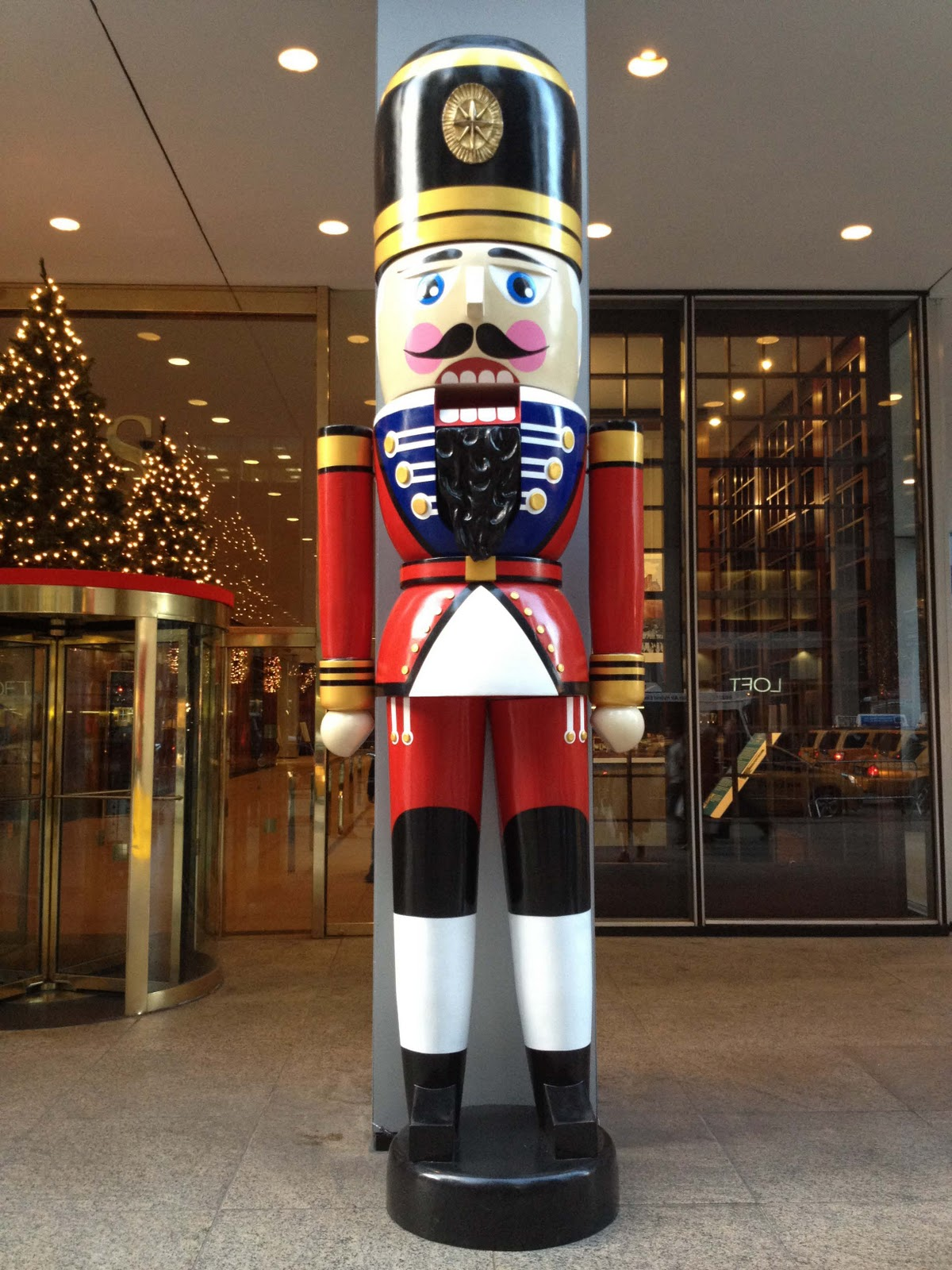 Downtown decorations inc oversized 12ft tall fiberglass for 4 foot nutcracker decoration