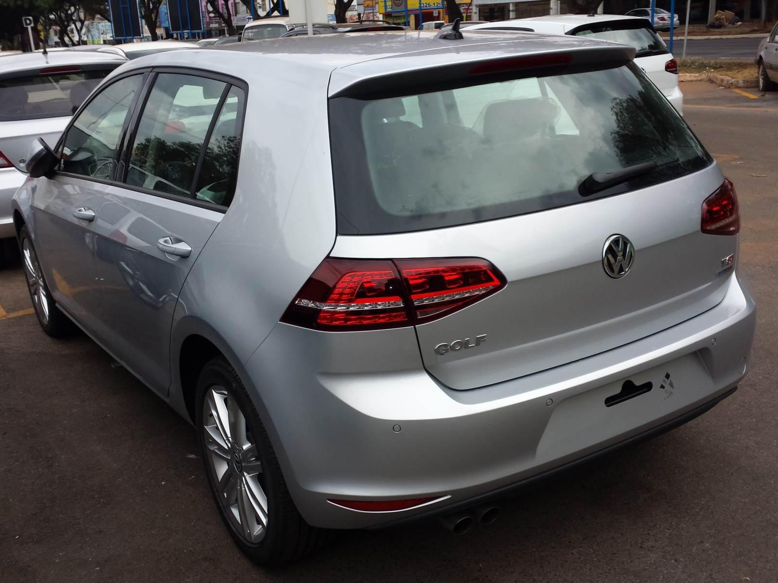Novo VW Golf Highline 2015