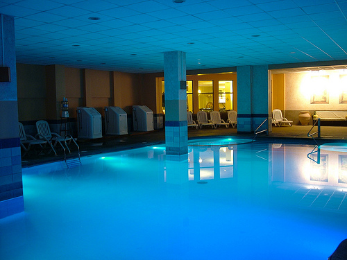 De piscinas las piscinas temperadas cada vez al alcance for Construccion de piscinas en santiago