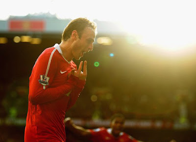 Dimitar Berbatov remains at Old Trafford season 2011 2012