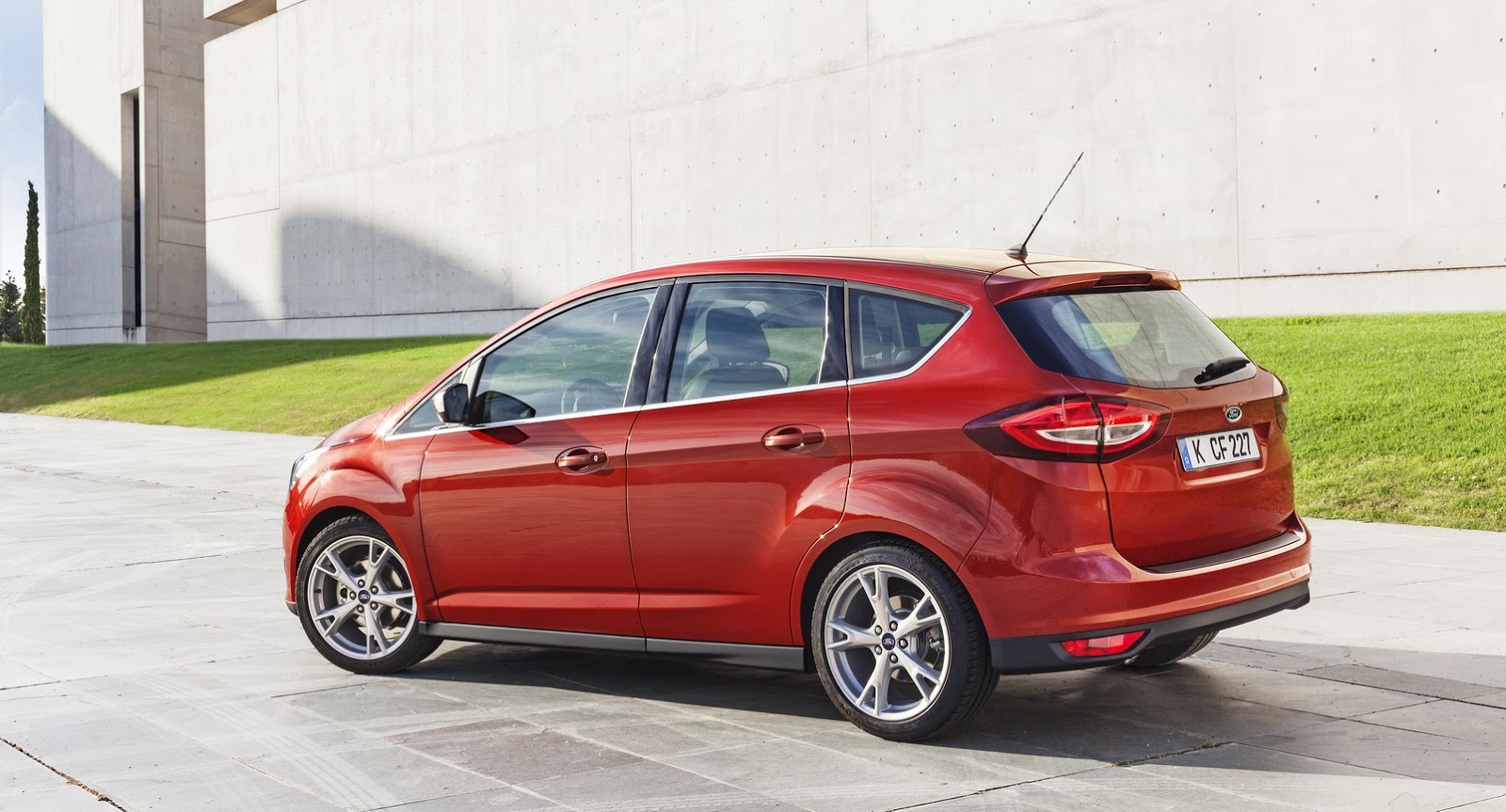 Galerry 2016 ford c max energi