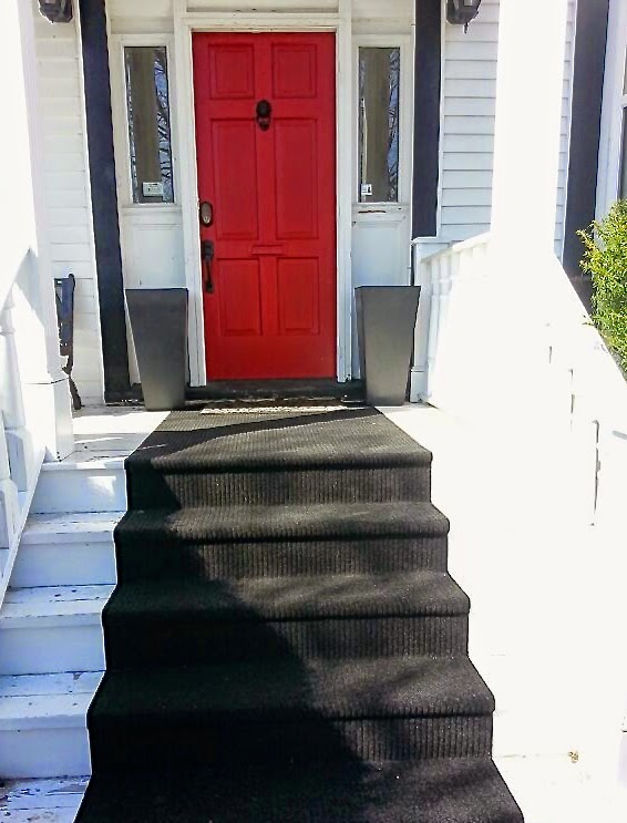 red door, front porch, Christmas decorating,