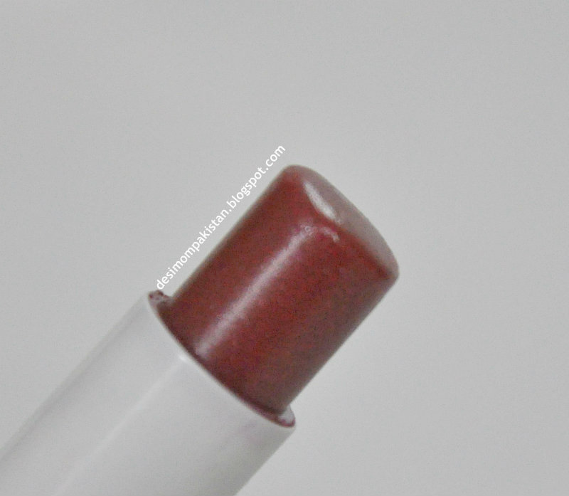LABELLO LIP BALM IN CHERRY bullet closeup