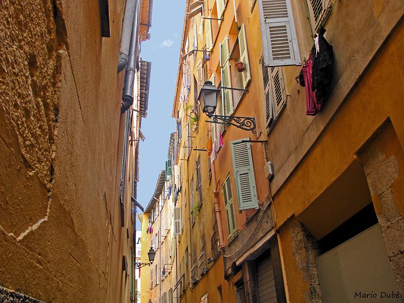 Rue piétonne du vieux Nice