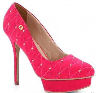 lindo scarpin rosa carmen steffens
