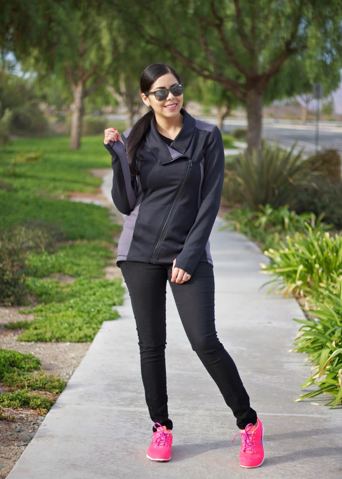 cabi clothing dash jacket, cabi clothing blogger, how to wear a gym jacket, rayban sunnies, rayban sunglasses, rayban blogger, how to wear a black coat