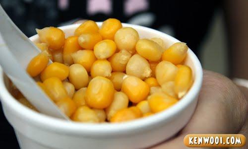 sweet corn in cup