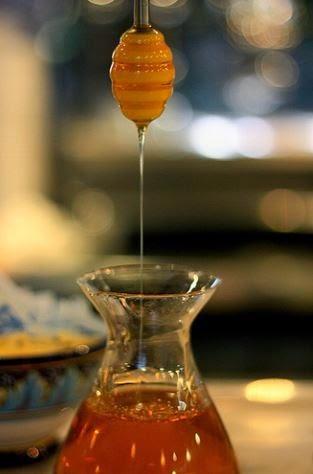 honey-dipper-image