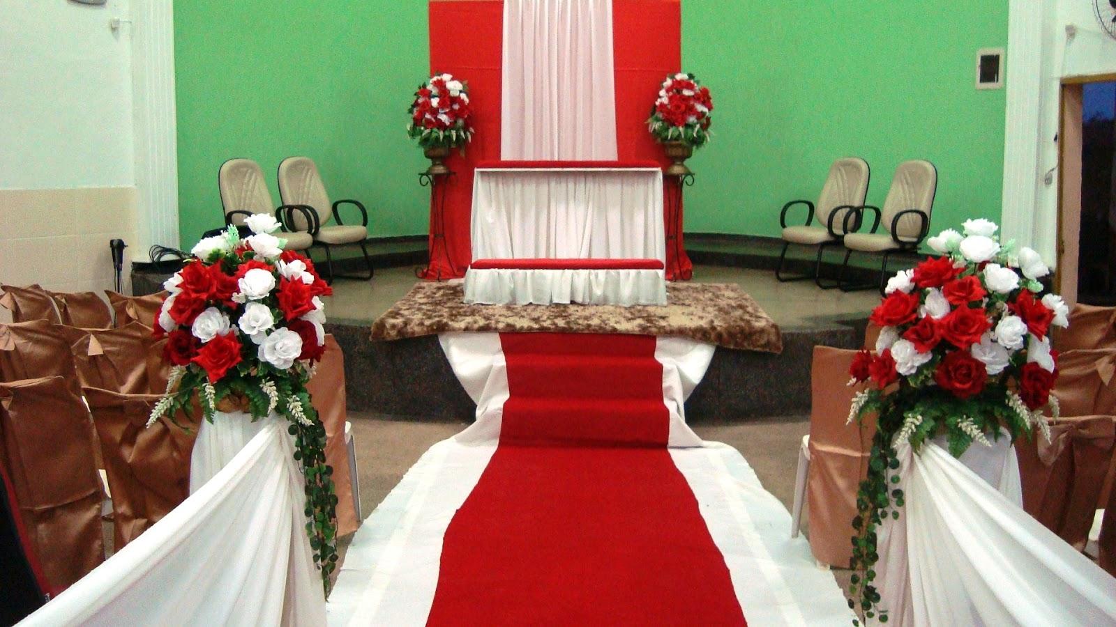 Decoraç u00e3o de casamento igreja Chácara Jardins Espaço e Eventos -> Decoração De Casamento Vermelho E Branco Simples Na Igreja