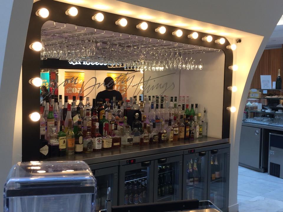 bar, cocktails, champagne