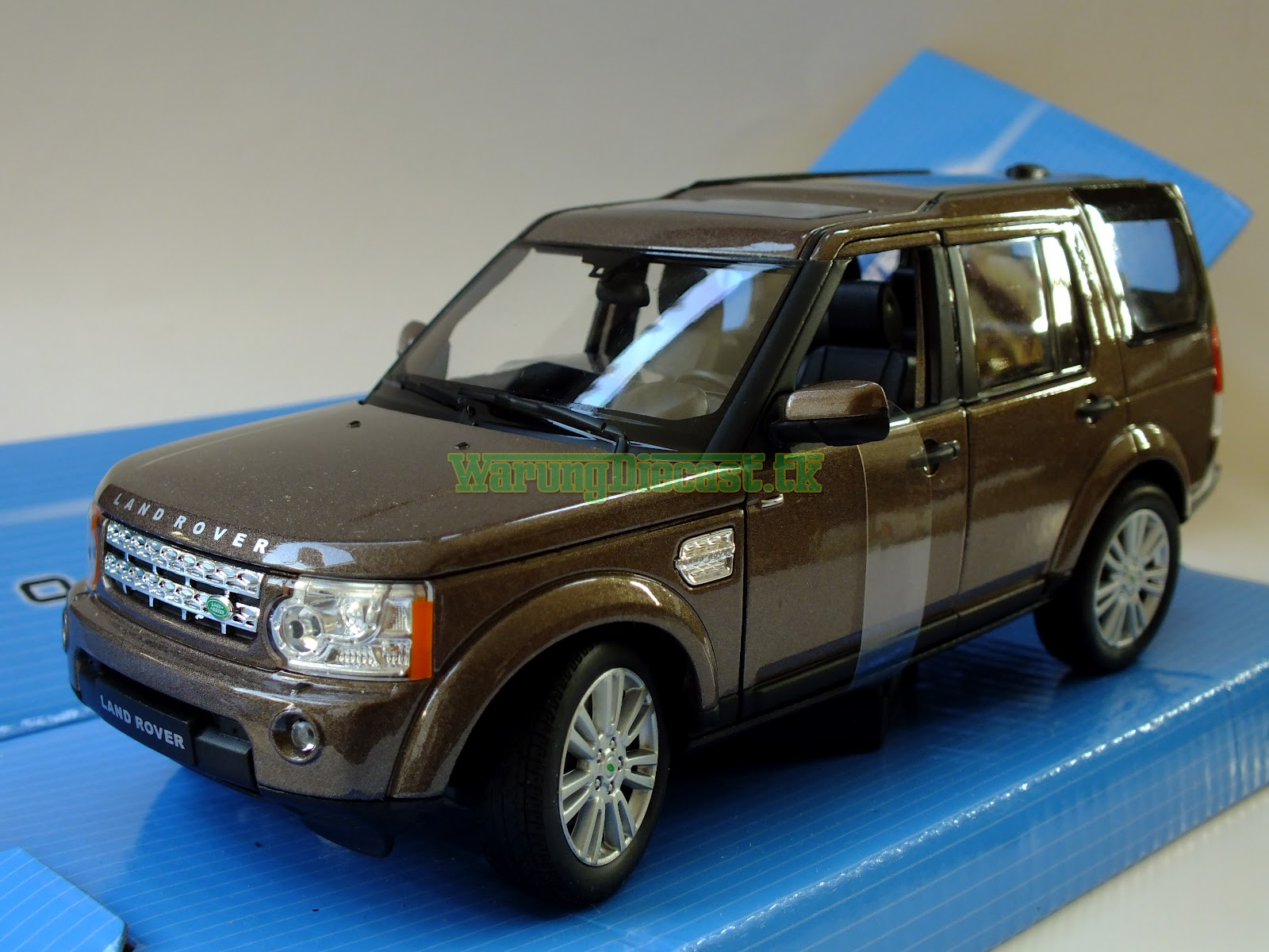Warung diecast welly 1 24 land rover discovery 4 for Discovery 24 shop