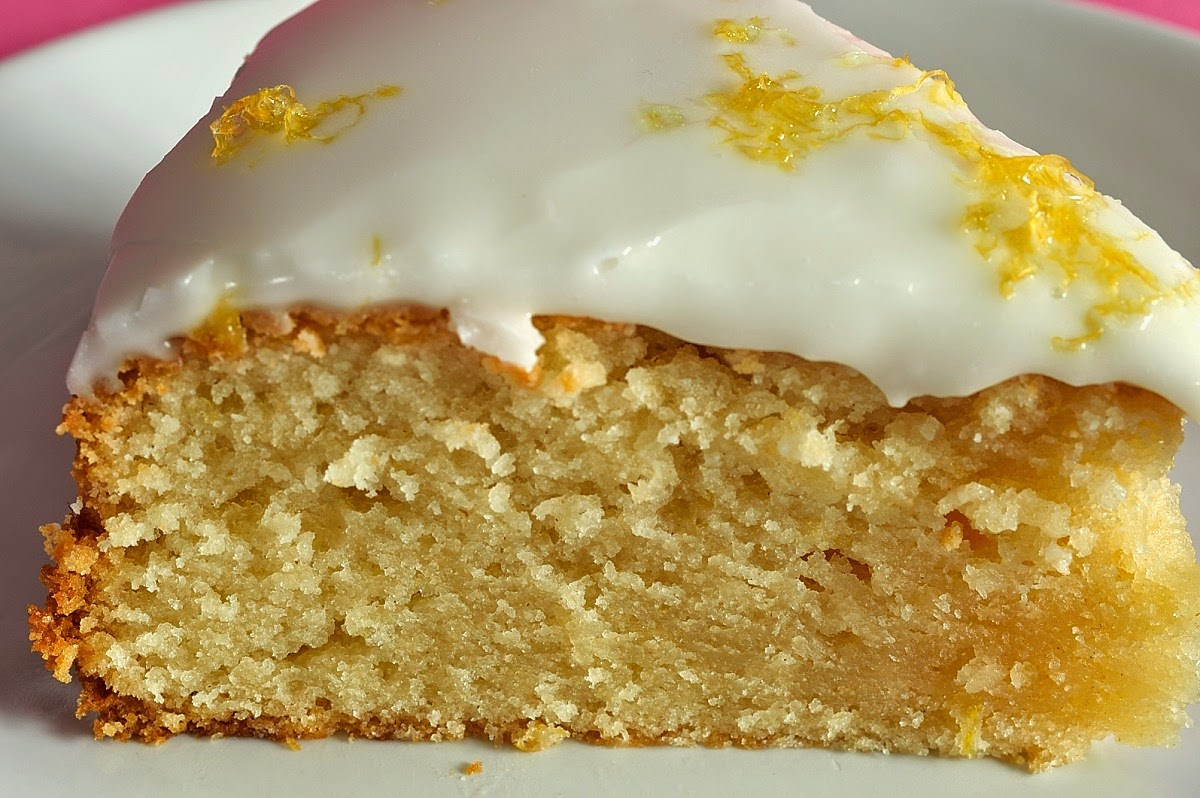 Utterly Scrummy Food For Families: Quick and Easy Lemon Yoghurt Cake