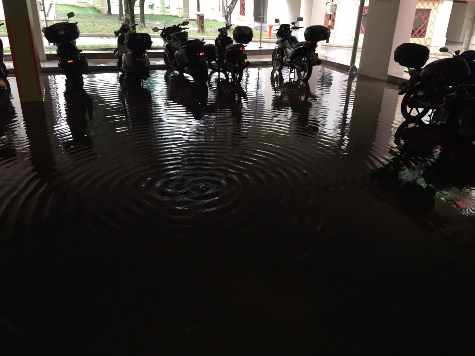 A flooded carpark in Ang Mo Kio Avenue 4
