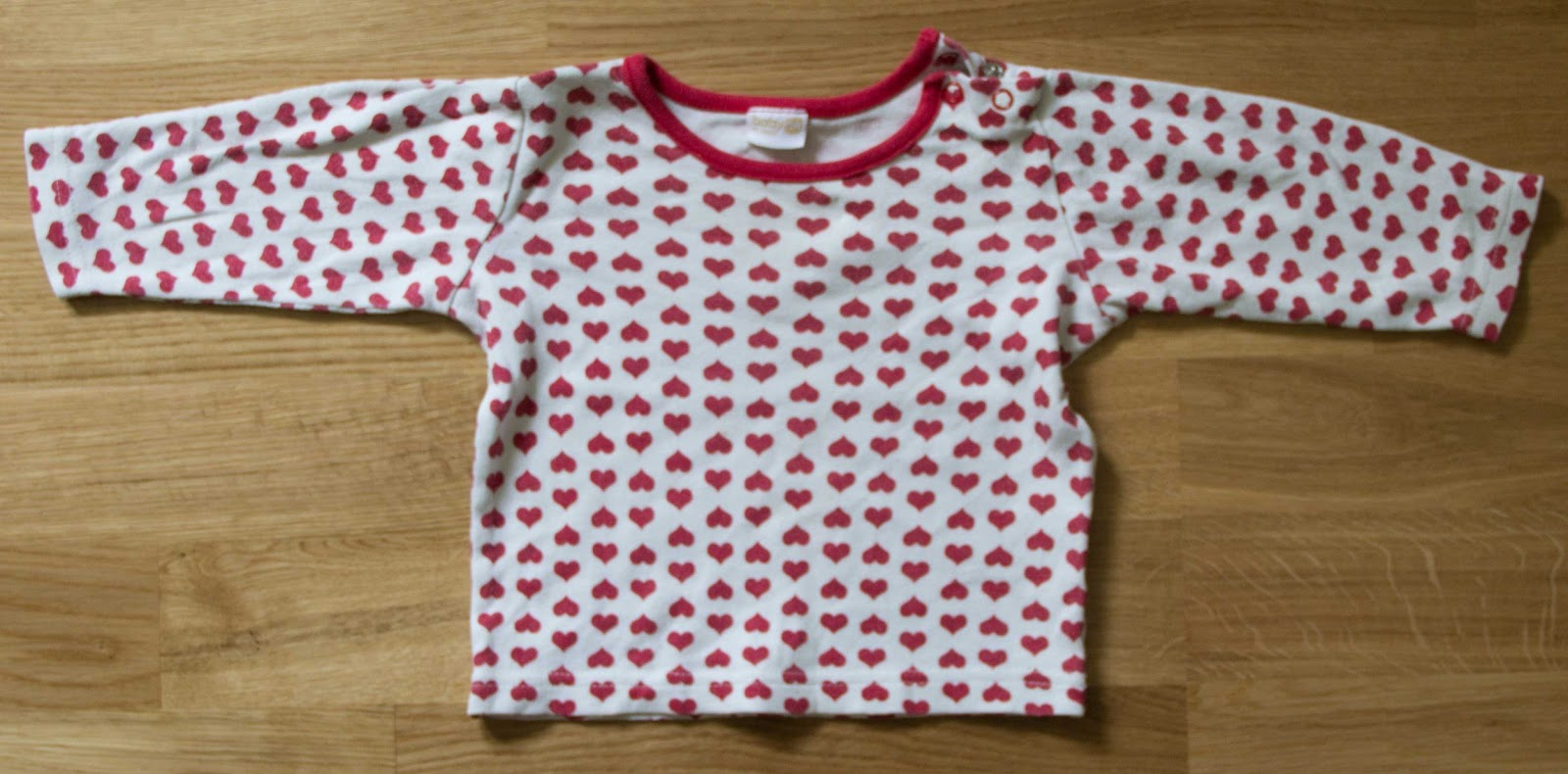 crochet lace free patern baby clothes