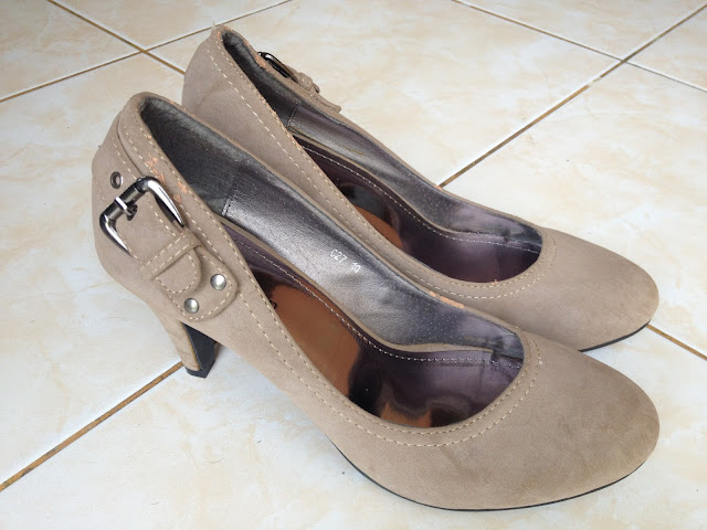 The Budget Fashion Seeker - C Women (Shoes from Cinderella) 3