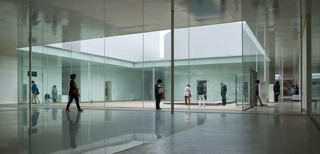 金沢21世紀美術館 レンアドロ エルリッヒ