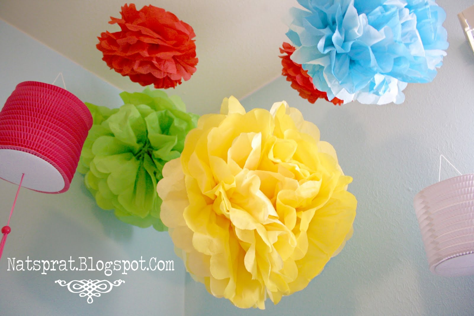 NatSprat: Tissue Paper Flower Tutorial