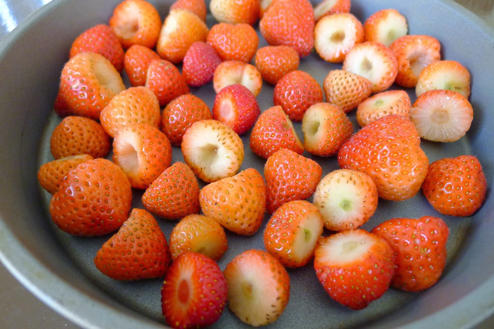 Freezing strawberries, recipes with strawberries